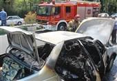 آتش گرفتن ناگهانی پژو 405 حین حرکت در شهرک اکباتان + تصاویر