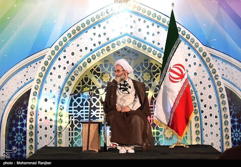 امام جمعه رشت: دشمن به دنبال فروپاشی نظام خانواده ایرانی است