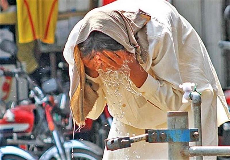 کراچی میں شدید گرمی؛ درجہ حرارت 43 ڈگری سے تجاوز کرنےکا امکان