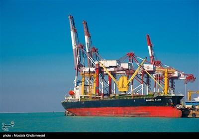 میناء الإمام الخمینی (رض) القلب النابض للاقتصاد الإیرانی