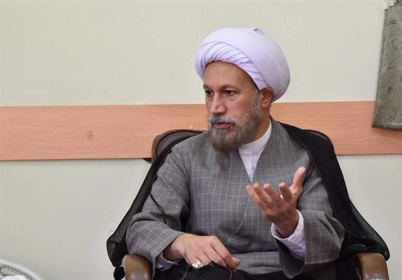 شیراز| طلاب و مبلغان تبیین بیانیه گام دوم انقلاب اسلامی را در فعالیتهای تبلیغی قرار دهند