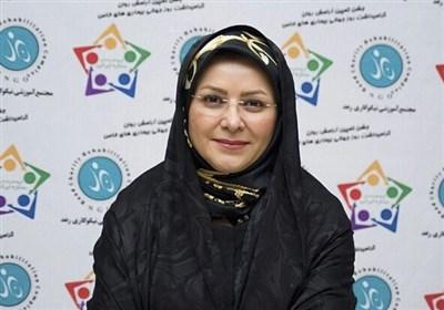 من اولین گزارشگر زن فوتبال ایران هستم