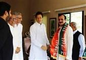 تحولات انتخاباتی پاکستان| تحریک انصاف دو نماینده دیگر حزب نواز را جذب کرد