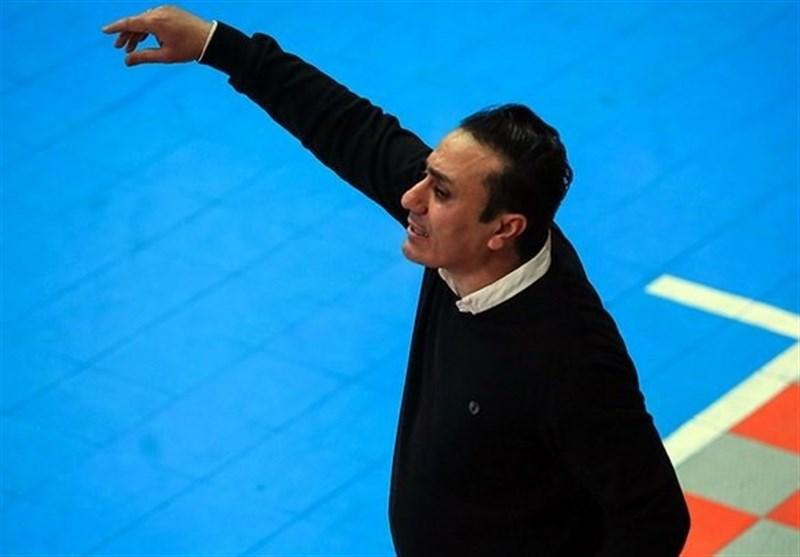 تبریز| لک: نتوانستیم از موقعیتهایمان استفاده کنیم؛ استرس در بازیهای لیگ بیمعنی است