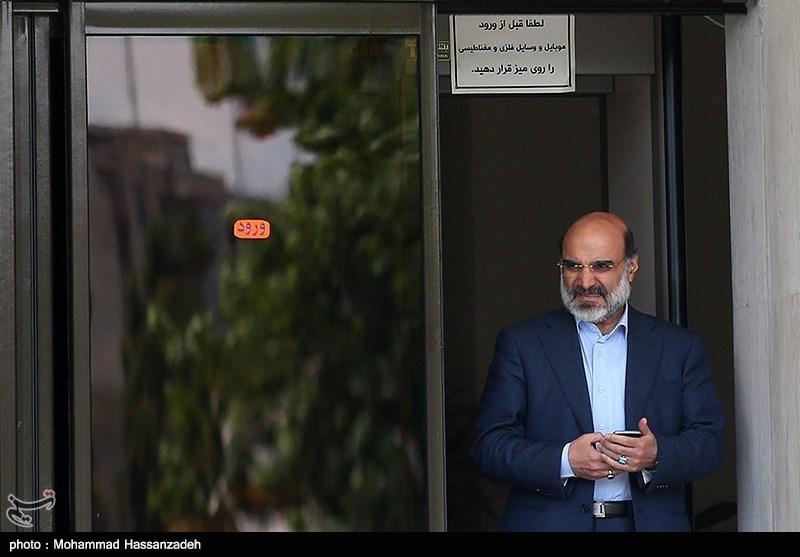 درباره موضعگیری رئیس صداوسیما راجع به رخداد برنامه زاویه/ آقای علیعسگری! پیکر نحیف گفتگو را بیش از این نتراشید