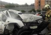 درهم پیچیده شدن پراید پس از تصادف با کامیون + تصاویر