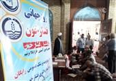 گیلان  ایستگاه تست فشارخون رایگان در نماز جمعه رشت برپا شد