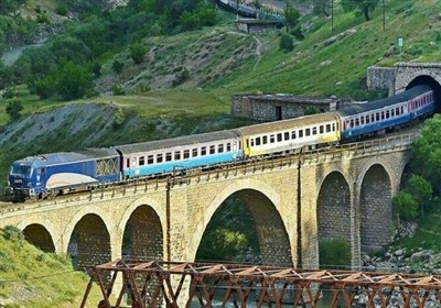 ورود و خروج مسافر از راهآهن ارومیه به بیش از ۴۵ هزار نفر رسید