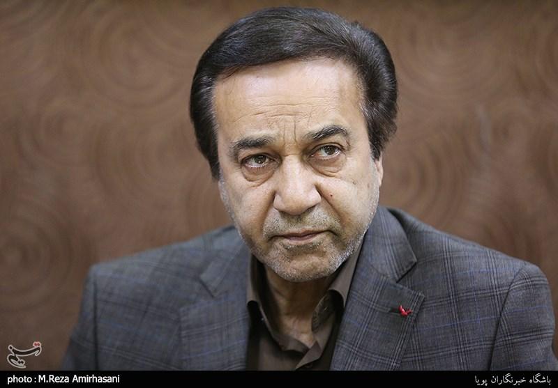 محمد گلریز: تا نفس دارم برای انقلاب و ایران میخوانم