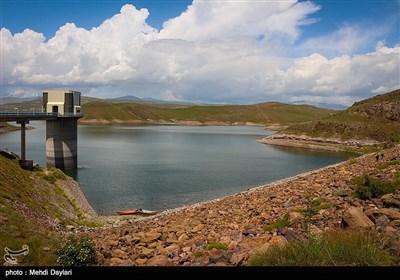 کاهش آب سد ستارخان شهرستان اهر