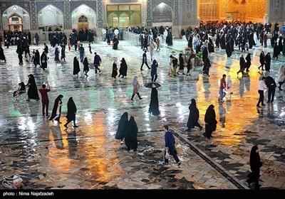 حرم امام رضا علیہ السلام میں بارش کے وقت کے مناظر