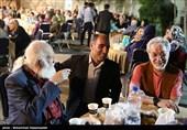 هنرمندان تجسمی و عکاسان دفاعمقدس در ضیافت افطاری +عکس