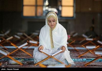 ایران کے شہر سنندج کی مساجد میں قرآن خوانی