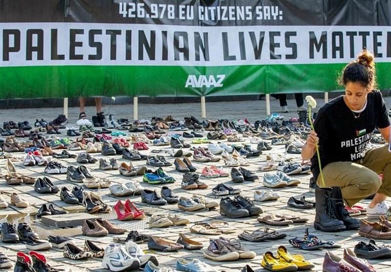 Activists Protest Israeli Violence against Palestine near EU Building