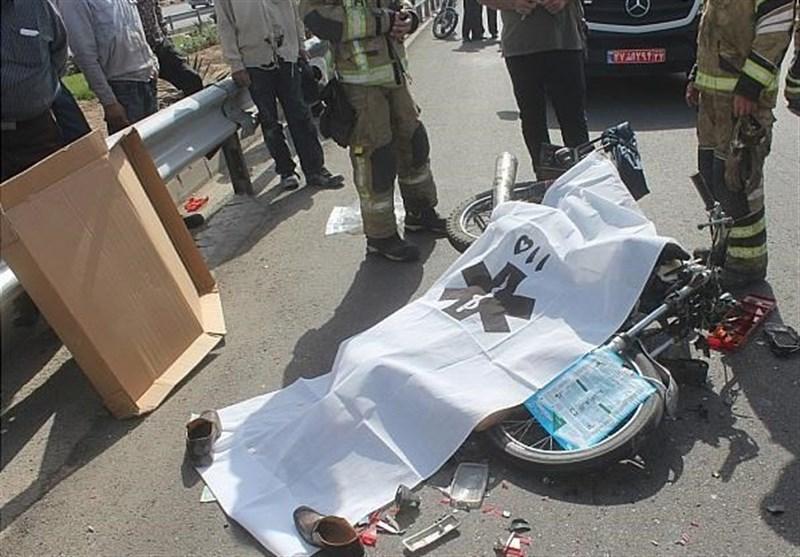 مرگ راکب موتورسیکلت در تصادف 3 خودرو