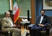 مجتبی حسینی با رئیس کنسرواتوار چایکوفسکی دیدار کرد