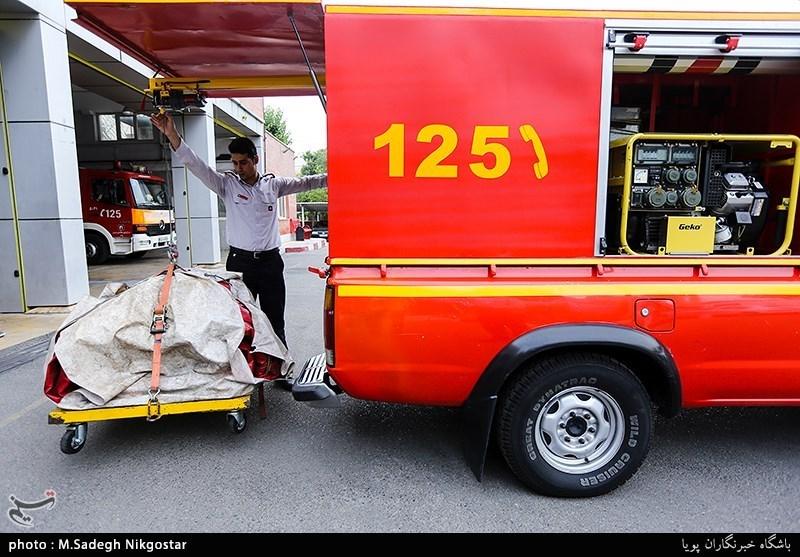 بوشهر| 25 دقیقه جدال آتشنشان آبپخشی با مرگ