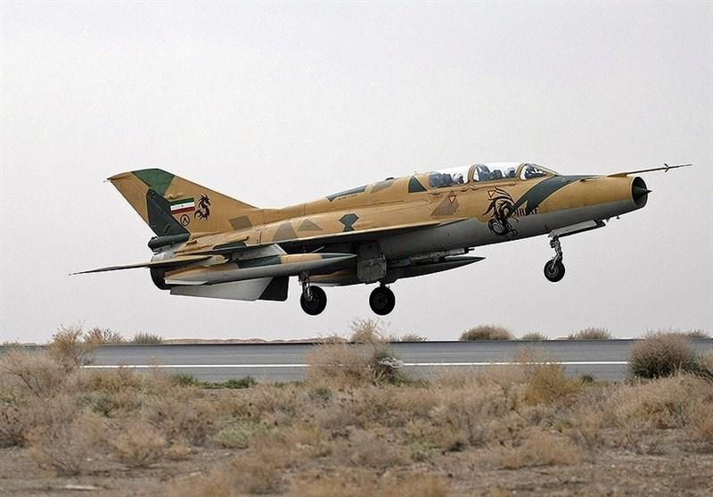 یک فروند جنگنده اف-۷ ارتش در اصفهان دچار سانحه شد