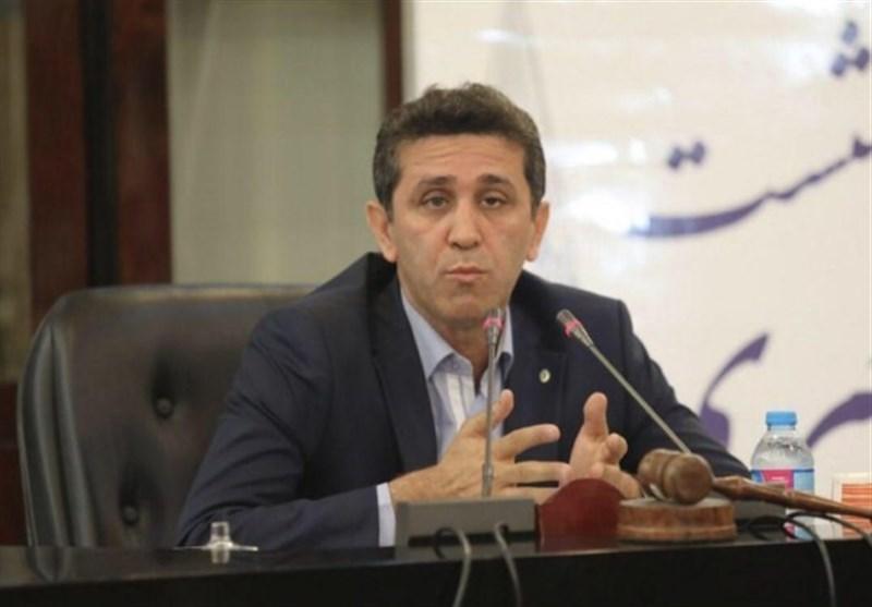 انتقاد رئیس کانون وکلای مرکز از جذب بازنشستهها: سالی 1500 نفر بدون آزمون پروانه وکالت میگیرند