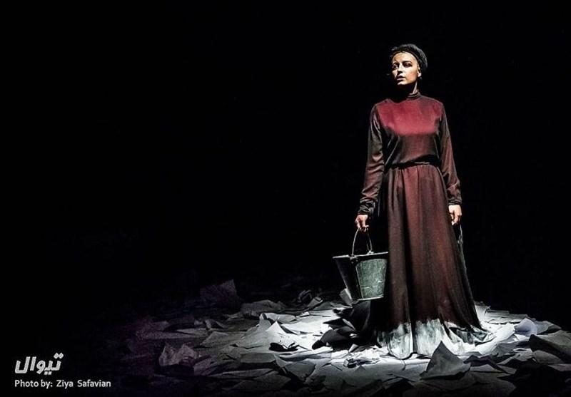 «لولیتا نسخهی 12» از تئاتر شهر به سپند میرود