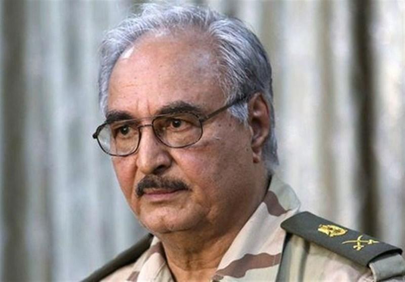 BAE Halife Hafter'e Libya Petrolünün Yasadışı Yollarla Satışı İçin Yardım Ediyor
