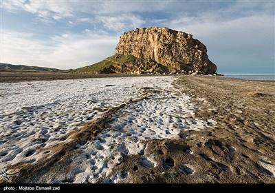 قلعه کاظم داشی در حدود ۵/۱ کیلومتری شرق روستای گورچین واقع شدهاست که در محل به قالاباشی معروفیت دارد.