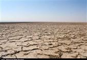 کاهش شدید بارشها در دریاچه نمک/ با توجه به وضعیت شکننده دریاچه باید مدیریت یکپارچهای شکل بگیرد