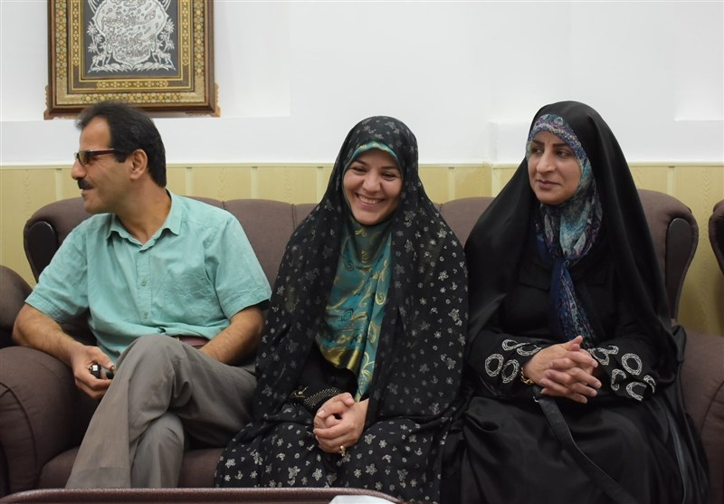 """1397031920305750314381414 - """"جوان روسی"""" در رشت مسلمان شد + تصاویر"""