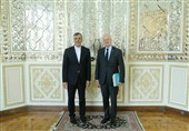 Iranian Diplomat Meets UN Syria Envoy in Switzerland