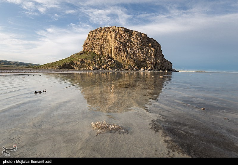 Ghala Dashi: An Ancient Castle in Lake Oroumiyeh - Tourism news