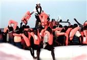 ایتالیا به کشتی پناهجویان اجازه پهلو گرفتن داد