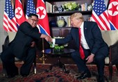 Trump, Kim Hold Talks in Singapore; No Word Yet on Discussions (+Video)