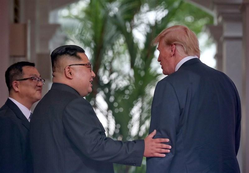 رهبر کره شمالی محل دیدار با ترامپ را ترک کرد + تصاویر