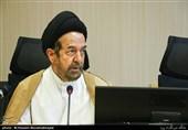 روحانی: عناصر متحجر هنوز هم در حوزه حضور دارند/ آمریکا از فیضیه خروشان میترسد