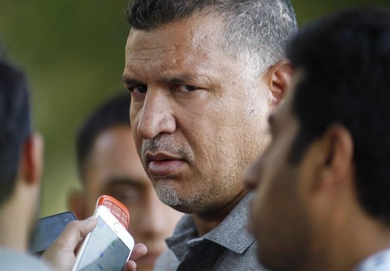 پاسخ علی دایی به خبرنگاران درباره حضور در دادگاه کیفری: به شما ربطی ندارد