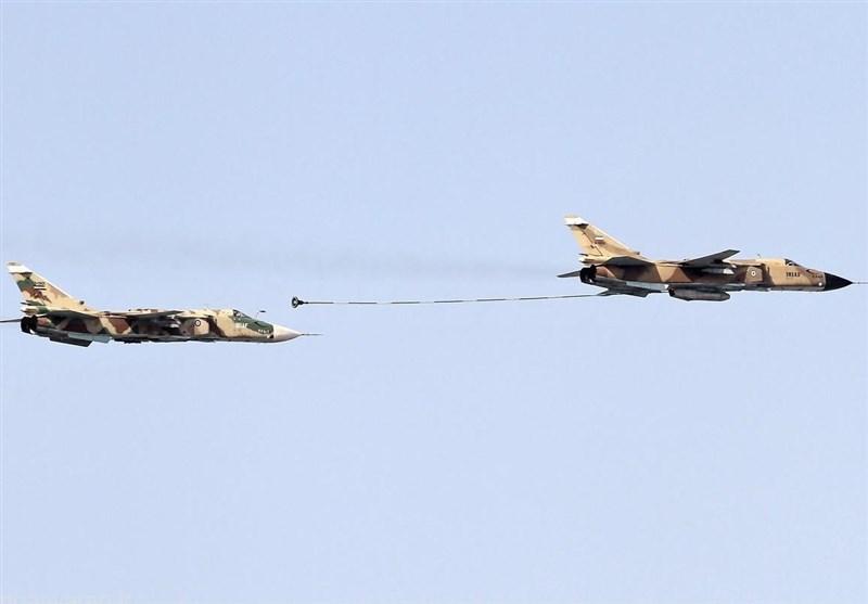 سوخترسانی یار به یار جنگنده سوخو 24 + عکس