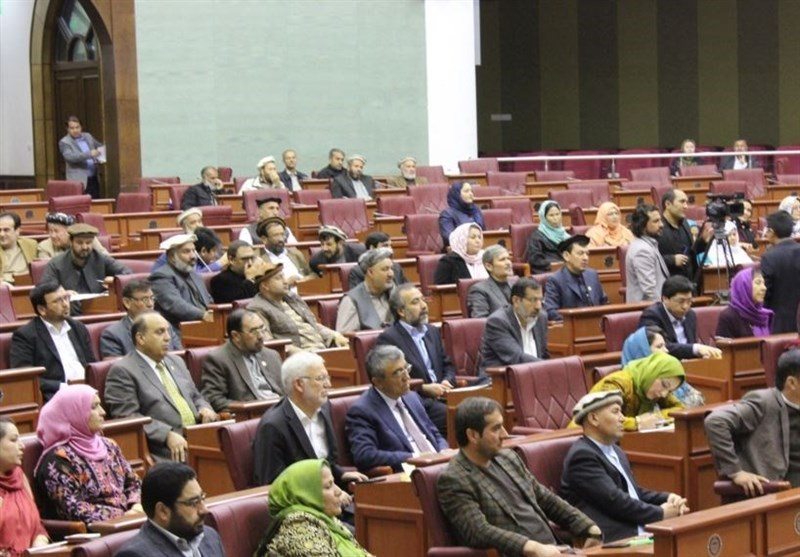 پارلمان افغانستان خواستار برقراری آتشبس و از سرگیری مذاکرات صلح شد