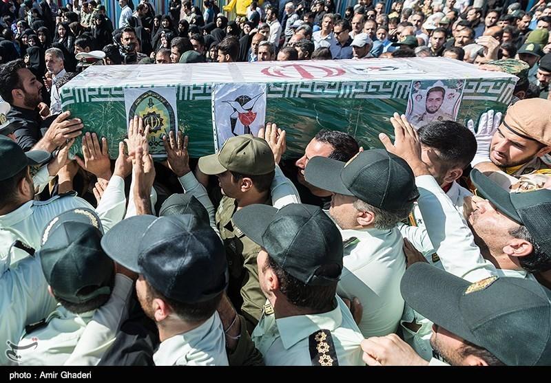 مراسم تشییع پیکر شهید علیاکبر معصومینژاد