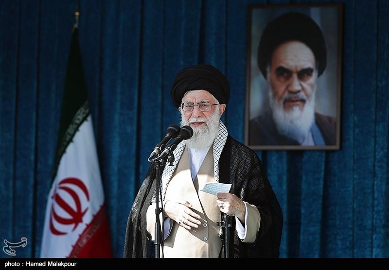 گزیدهای از مهمترین بیانات رهبر انقلاب در خطبههای عید فطر + فیلم