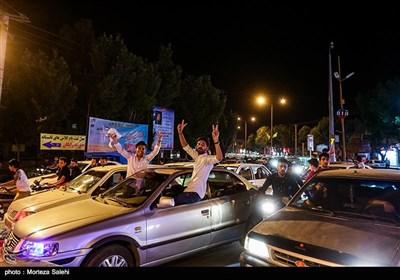 شادی مردم اصفهان پس از پیروزی تیم ملی فوتبال ایران مقابل مراکش