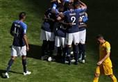 جام جهانی 2018| فرانسه به کمک تکنولوژی استرالیا را شکست داد/ ارزانی جوانترین بازیکن تاریخ جام جهانی شد