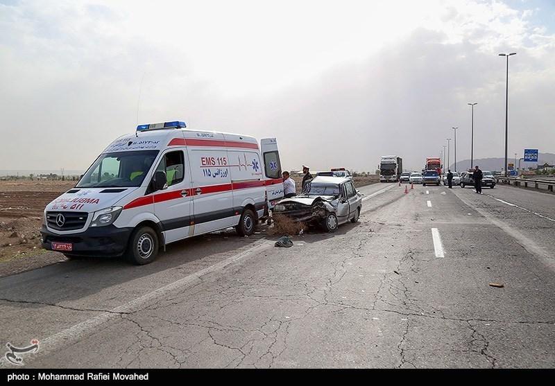 ضرب و شتم نیروهای اورژانس البرز توسط افراد ناشناس؛ ضاربان توسط پلیس دستگیر شدند
