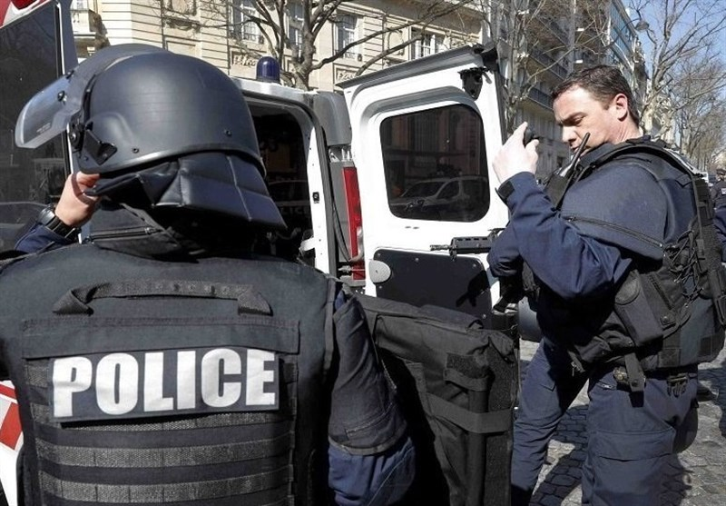فرنسا: اعتقال منفذة حادثة ضرب المشرط