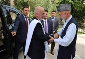 «غنی» به دیدار کرزی رفت؛ رئیس جمهور سابق افغانستان از طرح آتشبس دولت حمایت کرد