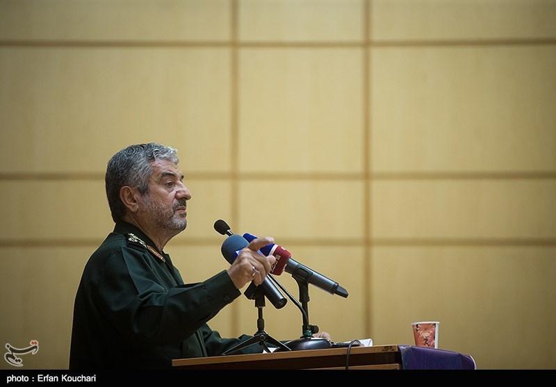 اللواء جعفری: المساومة مع امیرکا تعنی موت الثورة الاسلامیة