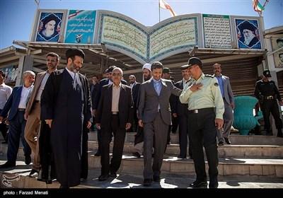 سفر پرویز فتاح رییس کمیته امداد امام خمینی (ره) به کرمانشاه