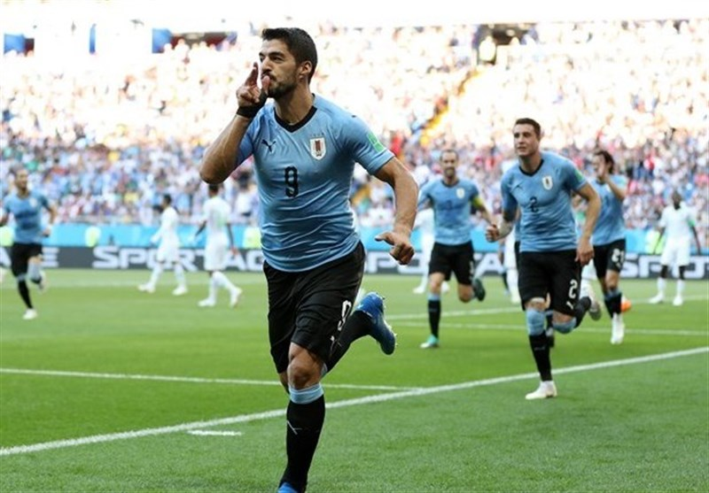 جامجهانی 2018| اروگوئه با یک پیروزی خفیف عربستان را حذف کرد/ یاران سوارس همراه روسیه به دور بعد رسیدند