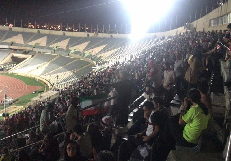 تماشای خانوادگی ایران و اسپانیا در آزادی