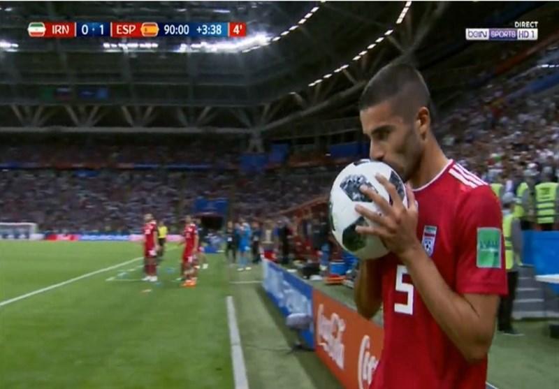 جام جهانی 2018| بازتاب پرتاب اوت عجیب میلاد محمدی؛ ثانیههایی که سوخت! + عکس و فیلم