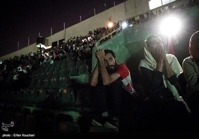 مشاهدة مباراة المنتخب الإیرانی لکرة القدم أمام اسبانیا فی ملعب آزادی فی طهران